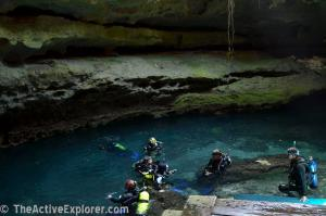 Divers in Devil's Den